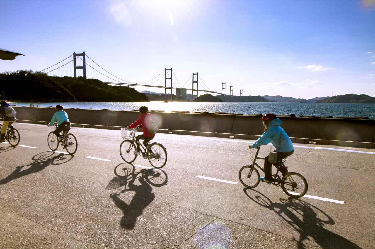 画像: 最後は全長4km超えの長い吊り橋、来島海峡大橋を渡ります。(2日目)