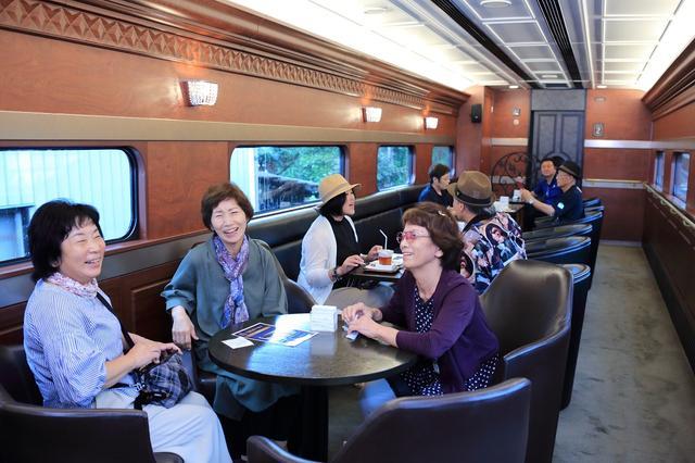 画像: 近鉄観光特急「青の交響曲」で帰路へ