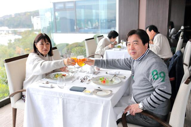 画像: 鳥羽国際ホテルでの優雅な昼食のひととき