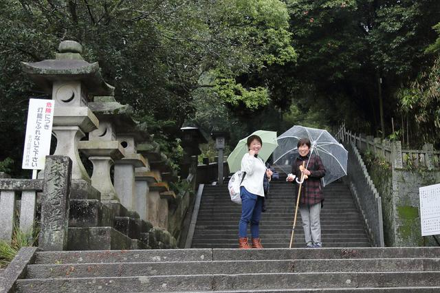 画像: 参道から続く石段は金刀比羅宮総本宮まで785段(奥社までは1368段)