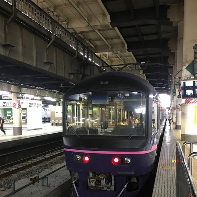 画像: 上野駅を出発するお座敷列車「華」(大塚雅士撮影)