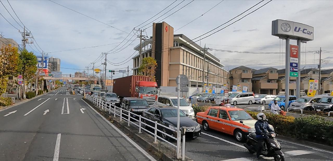 画像: 国道6号線 新宿新道踏切通過時の車窓(弊社スタッフ撮影)