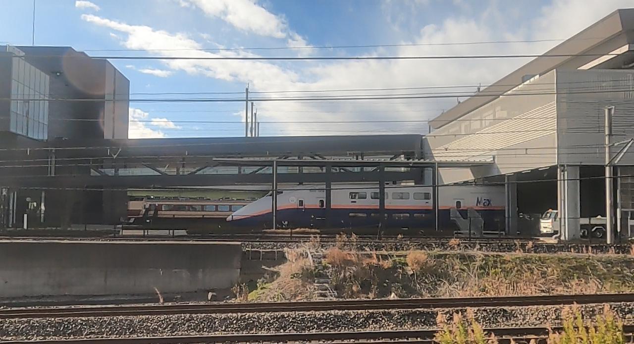 画像: 鉄道博物館横通過時の車窓(弊社スタッフ撮影)