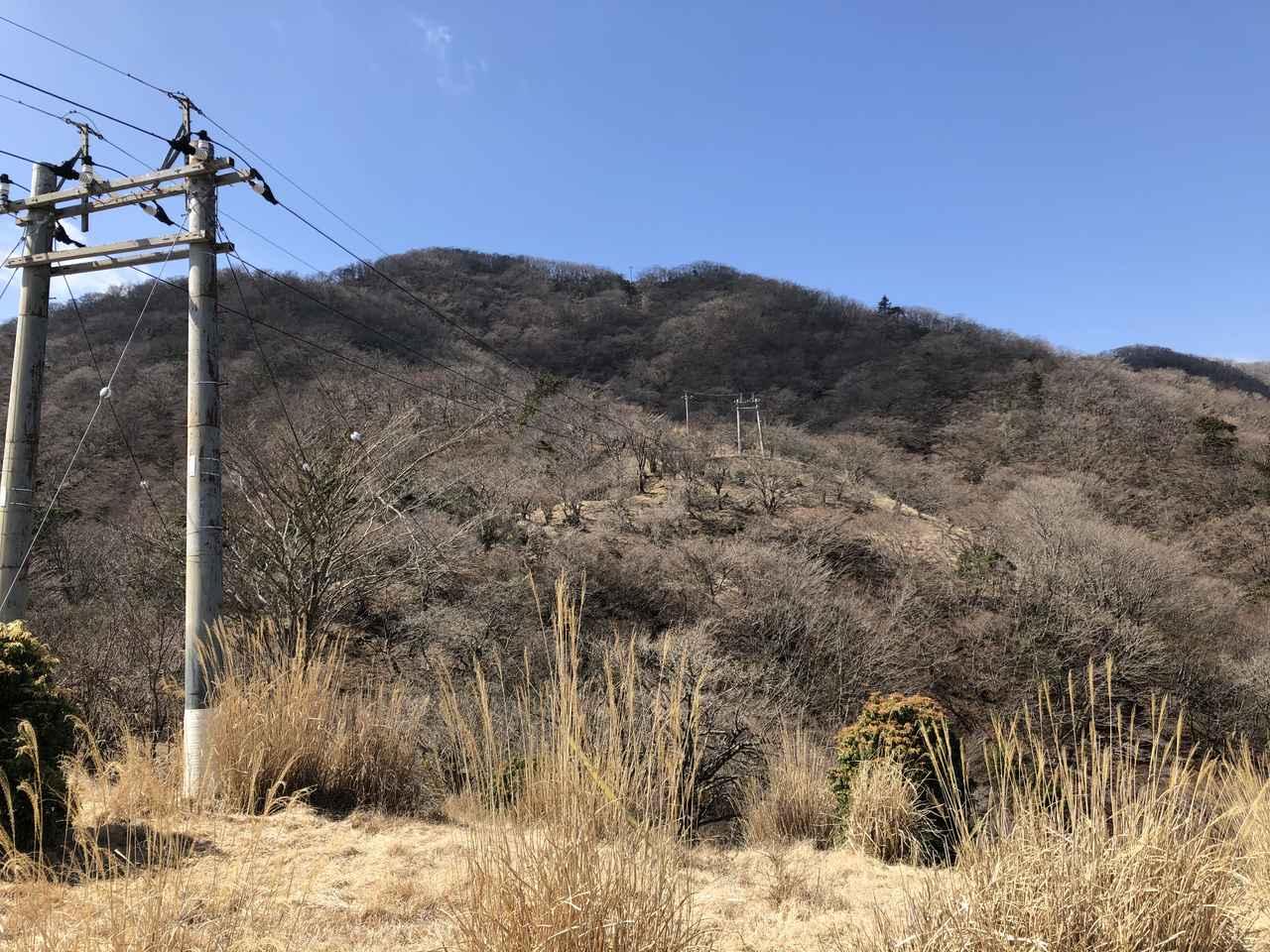 画像: 休憩場所から見た山並み