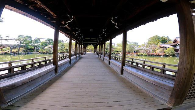 画像: 京都御所より移築された橋殿 泰平閣@salt