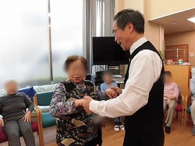 画像3: 【まごころ倶楽部阿佐ヶ谷2018】社交ダンスで笑顔♪