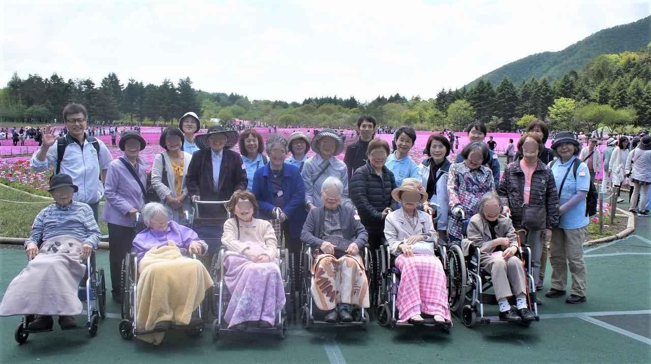 画像: 富士芝桜まつり 目の前に広がる芝桜のピンクにみなさん歓声ををあげてらっしゃいました!