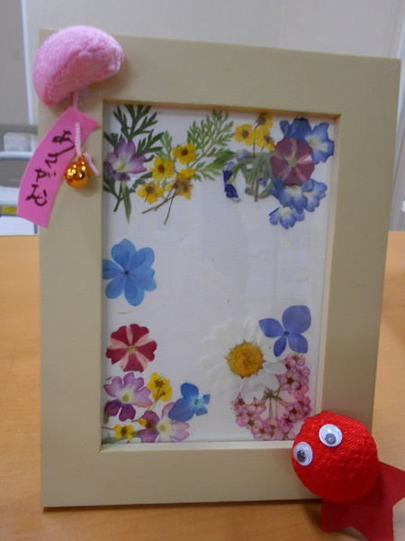 画像4: 手工芸 押し花で額かざり