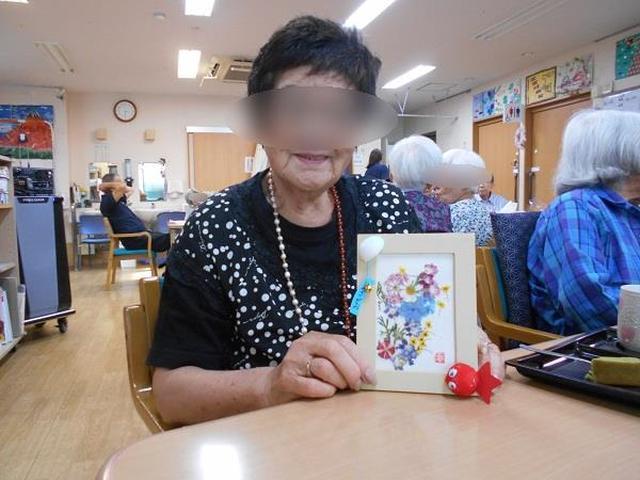 画像2: 手工芸 押し花で額かざり