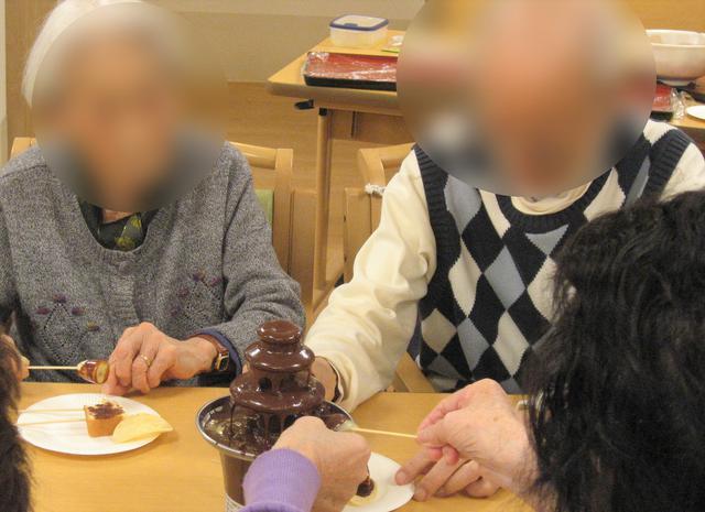 画像2: チョコレートファウンテン