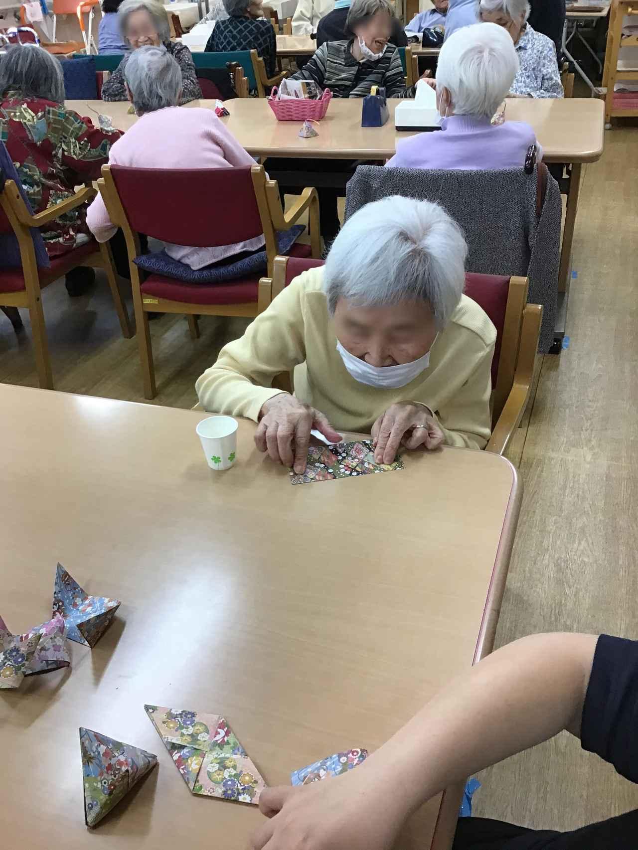 画像1: 折り紙で作るハンドスピナー