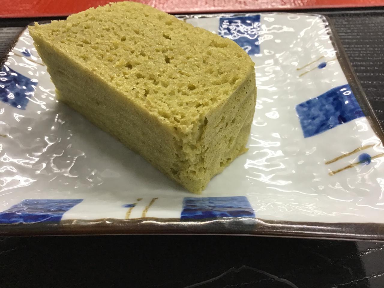 画像1: おやつは和菓子の『浮島』