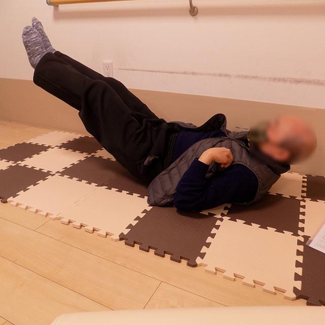 画像1: 転倒時の怪我予防「受身」講座