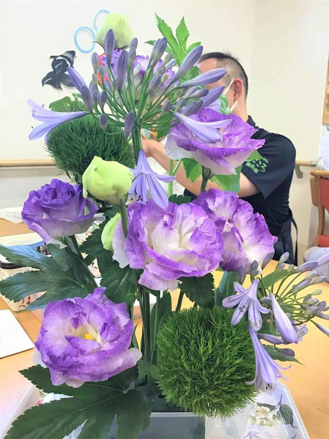 画像1: 本日のお花たちをご紹介いたします。