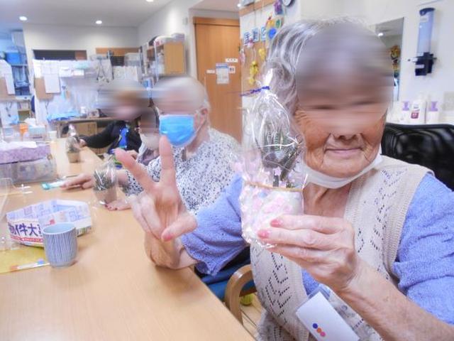 画像5: まごころ俱楽部高井戸 手工芸「苔玉づくり」