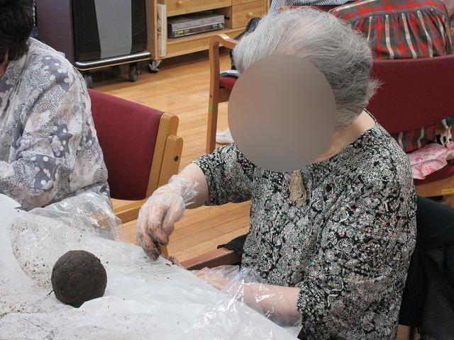 画像4: 苔玉作り