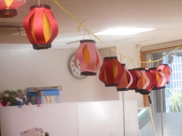画像5: 夏祭りに欠かせません「提灯作り」紙工作