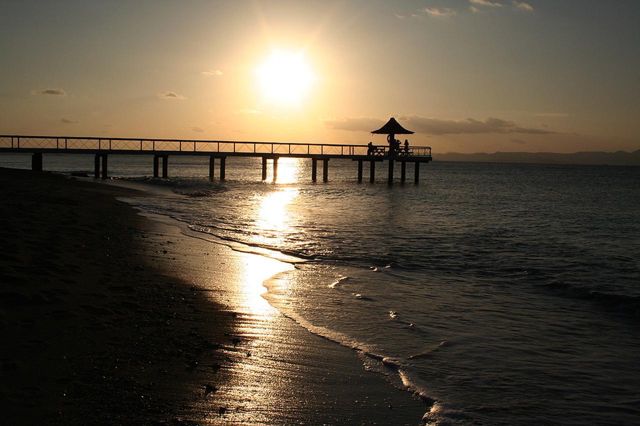 画像: フサキリゾートヴィレッジ で見る絶景夕日-沖縄旅行激安予約サイトの沖縄旅予約ドットコム