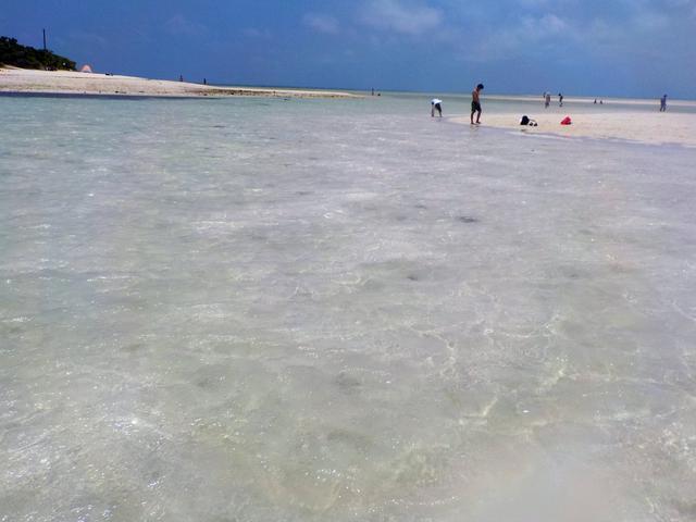 画像: 竹富島の美しすぎる コンドイビーチ -沖縄旅行激安予約サイトの沖縄旅予約ドットコム