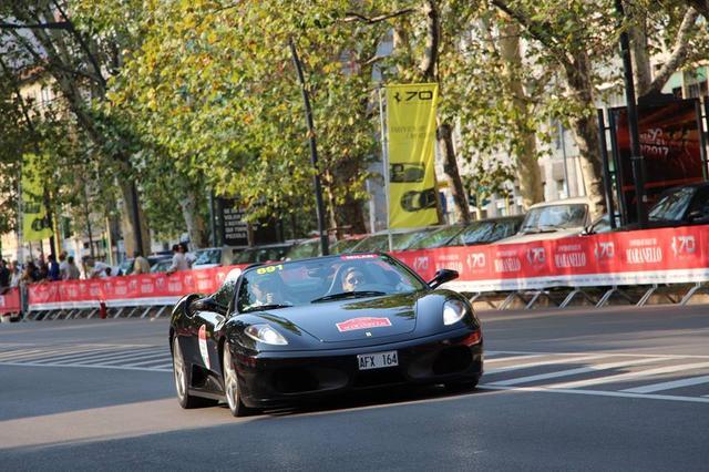 画像2: 500台のフェラーリ in Milano