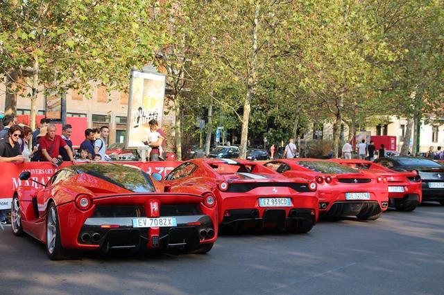 画像7: 1947年生まれのフェラーリ社は今年で丁度70歳! 70周年ということで全世界各地でイヴェントが開催されている。