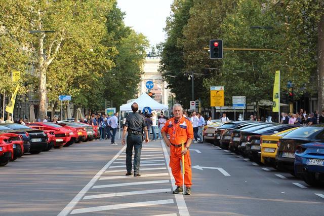 画像5: 1947年生まれのフェラーリ社は今年で丁度70歳! 70周年ということで全世界各地でイヴェントが開催されている。