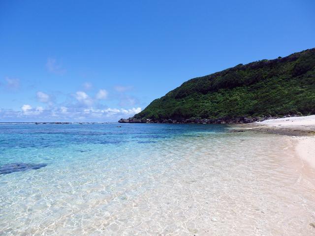 画像: 宮古島のお魚天国『吉野海岸』はビーチもまた絶景! – 沖縄旅行・激安ツアー沖縄旅予約ドットコム
