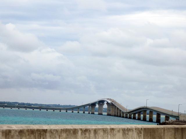 画像: 絶景宮古島の海に架かる3,540mの伊良部大橋が壮大すぎる-沖縄旅行激安予約サイトの沖縄旅予約ドットコム