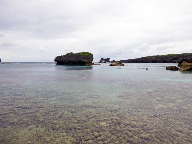 画像: 下地島で天然の水族館と言われる 中の島ビーチ -沖縄旅行激安予約サイトの沖縄旅予約ドットコム