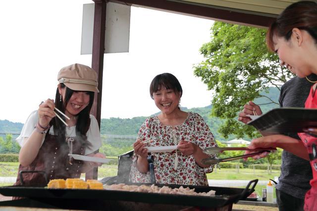 画像: お肉ととうもろこし!!