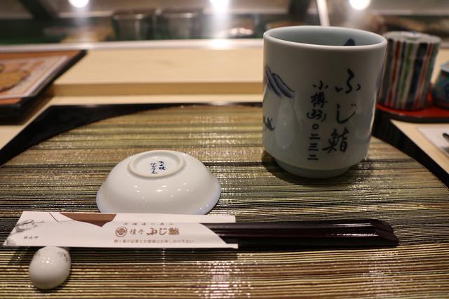 画像2: 落ち着いた店内でしっとりお寿司タイム
