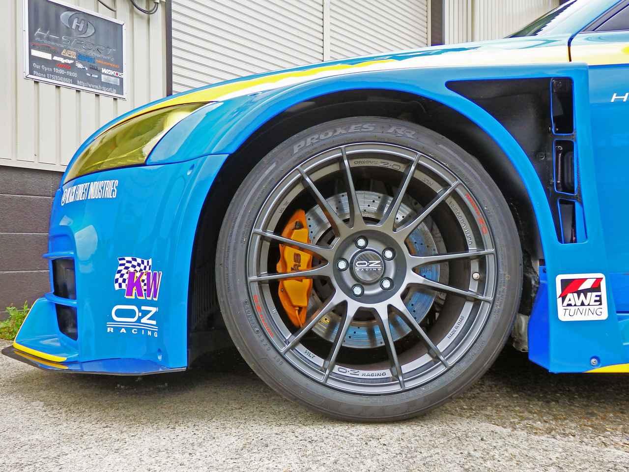 画像1: ホイールはOZ Racingでレーシーにドレスアップ