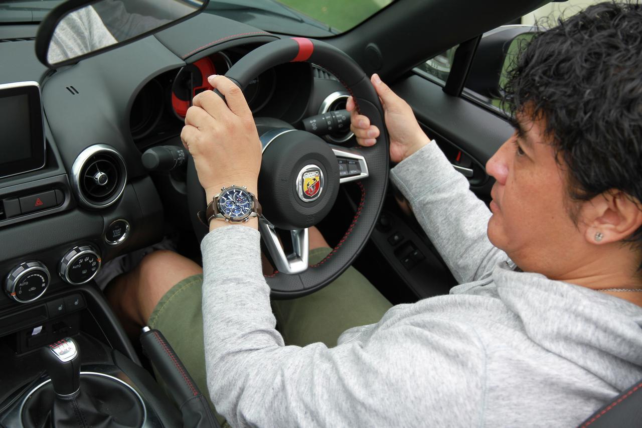 画像7: デザインにも性能にも拘りたい輸入車オーナーへ。 クルマ好きが上がる最新腕時計をモータージャーナリスト嶋田智之さんが徹底インプレッション