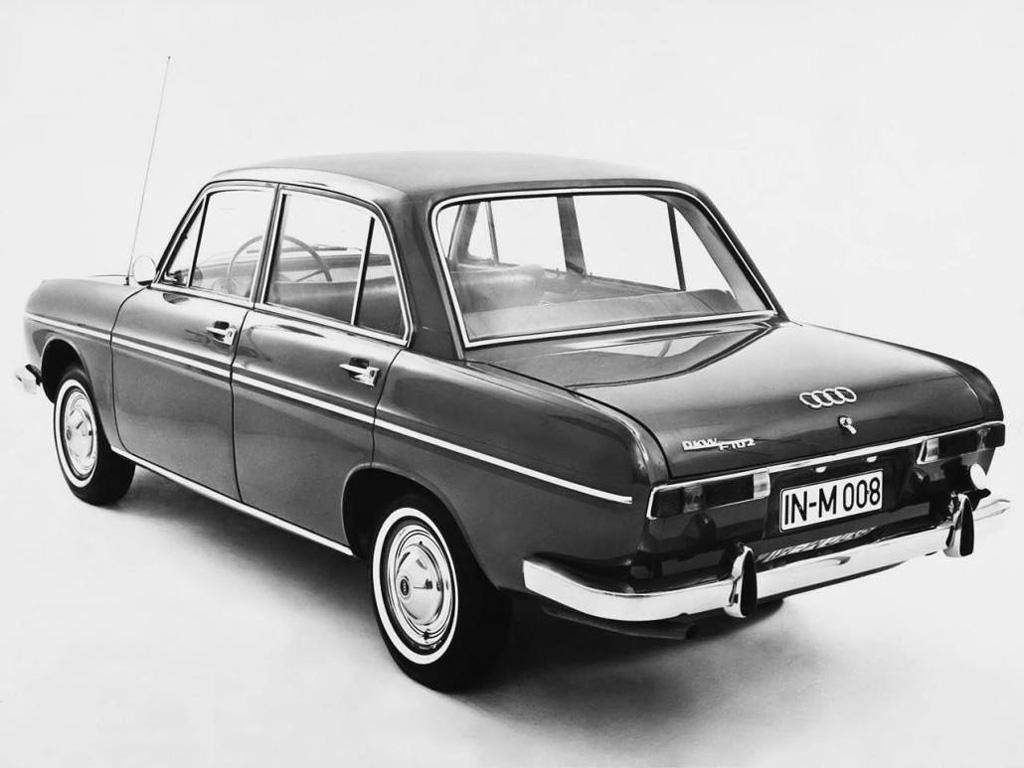 画像: 【アウトウニオン/DKW F102】 1963-1966 アウトウニオン/DKW最後の2ストロークエンジンを搭載していた。ボディは最初のアウディ「F103」に用いられた。 www.favcars.com