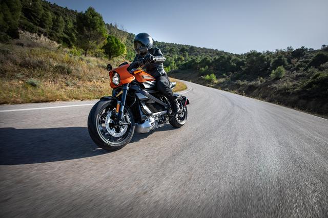 画像2: ハーレーダビッドソン、ミラノ国際モーターサイクルショーで電動モーターサイクル『LiveWire™』の市販予定モデルを初公開