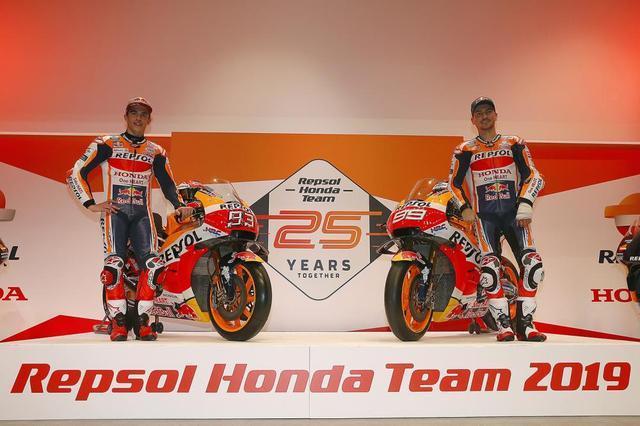 画像: 【モトGP2019】マルケスとロレンソがレプソル・ホンダチームの25周年を発足