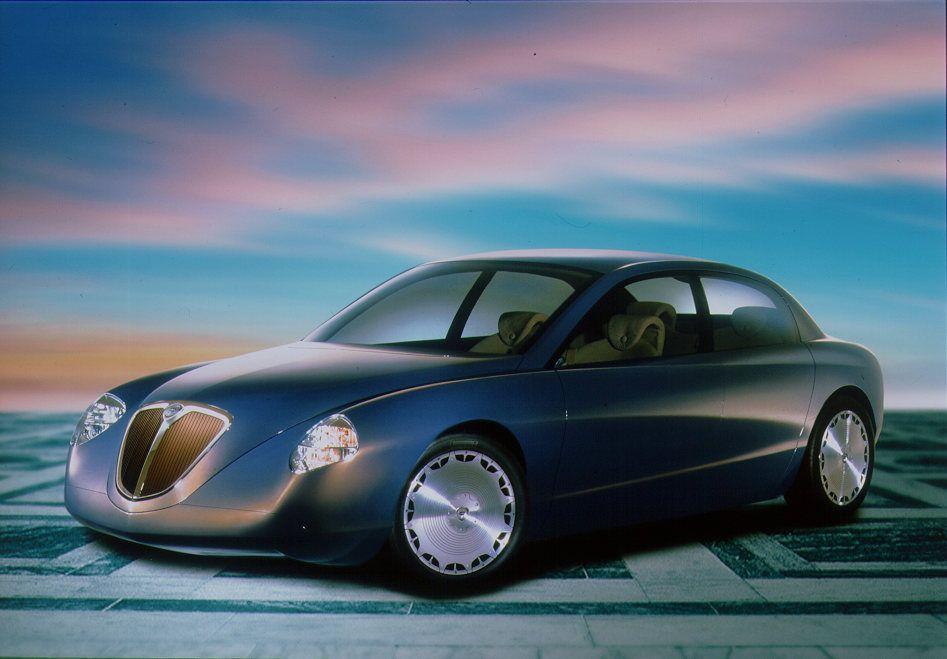 画像: テージスのデザイン言語を示したコンセプトカー、1998年ランチア・ディアロゴス。
