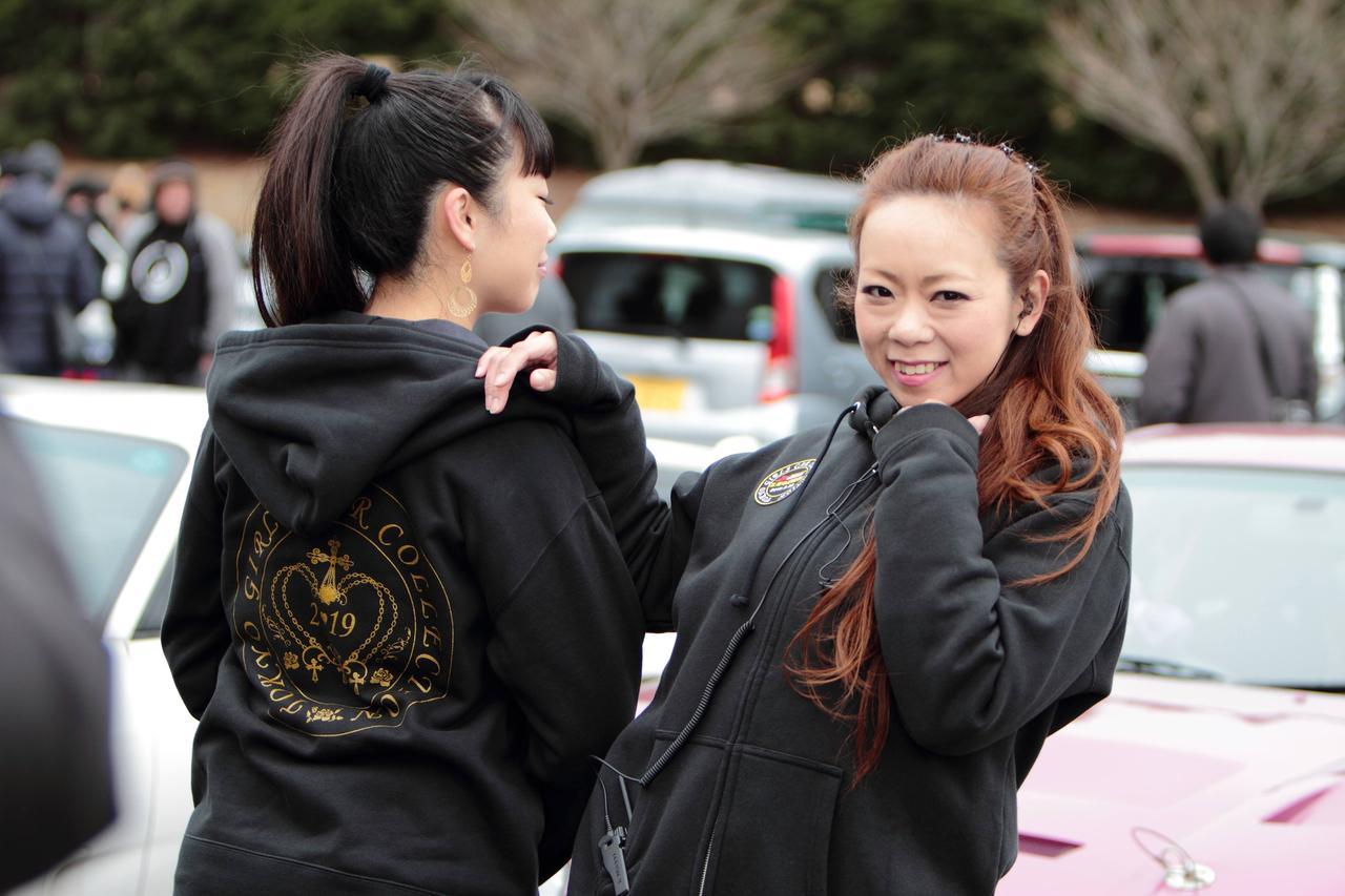 画像: TOKYO GIRLS CAR COLLECTIONオリジナルパーカー!受注生産第1弾は好評中!