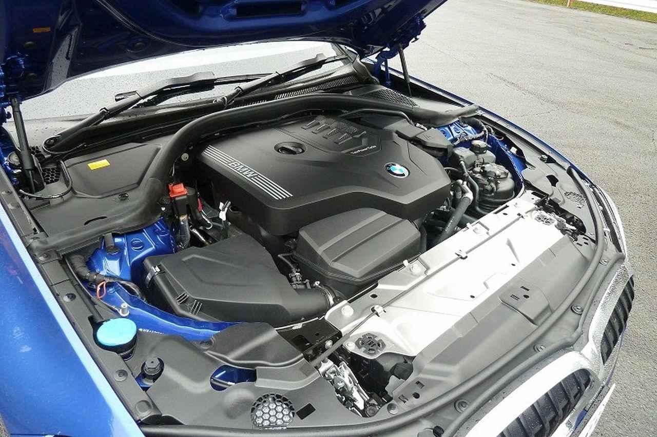 画像: 330iに搭載される2リッター直4ターボエンジンは、従来モデルより6psパワーアップ。トルクも、常用回転域で50Nmアップしている。
