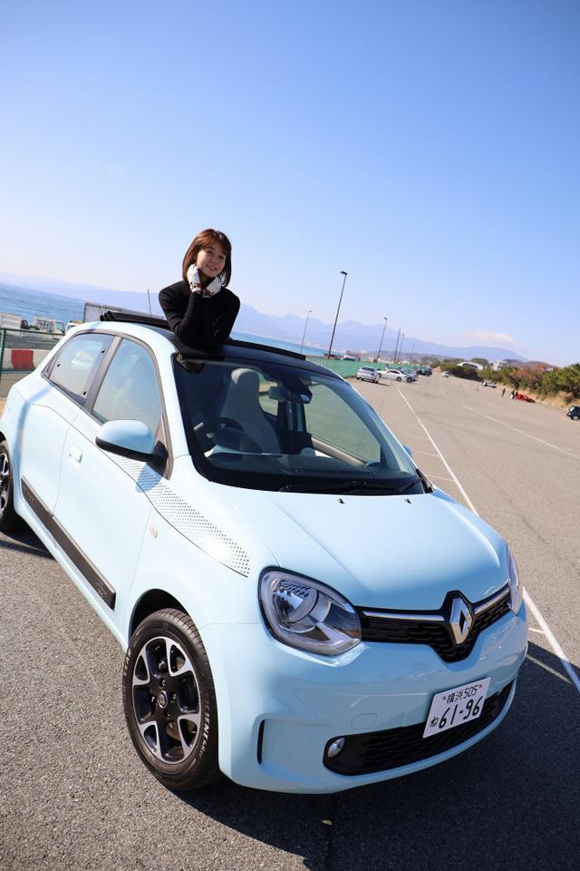 画像1: オープンカー好き女子がトゥインゴのキャンバストップに乗ってみた! 【JAIA 輸入車試乗会】