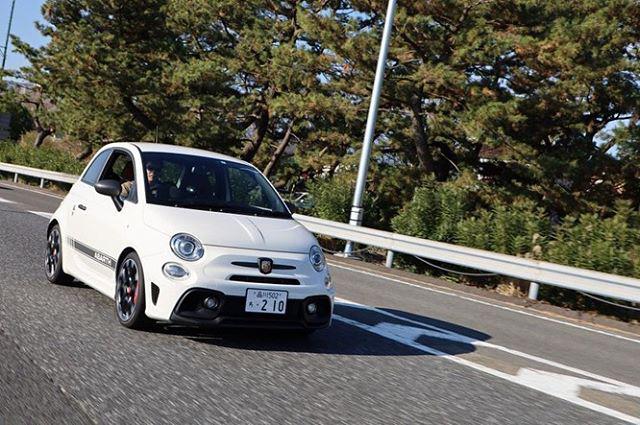 画像: JAIA輸入車試乗会2020 ~ ABARTH 595 Competizione ~  新世代の FIAT 500 が鳴り物入りで登場したのが2007年。それから間もなく、その FIAT 500 をベースに開発された ABARTH 500 はクルマ ... www.instagram.com