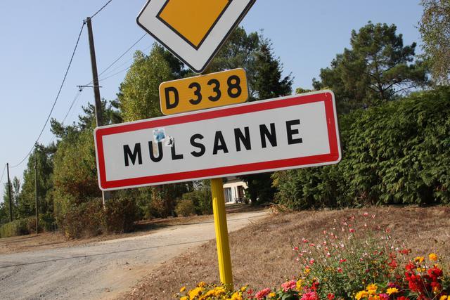 画像: ル・マン24時間レース期間以外、ミュルザンヌはフランスのロワール流域サルト県の静かな村である。あのベントレーのモデル名になっているイメージは到底沸かない。