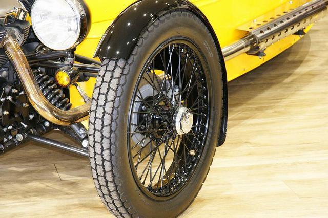 画像6: 英国車の正規ディーラー「ACマインズ」さんへ訪問