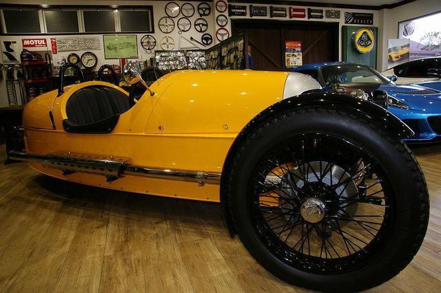 画像4: 英国車の正規ディーラー「ACマインズ」さんへ訪問
