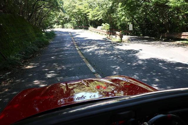 画像3: REDPOINT裏山にあるワインディングロードで走らせてみる