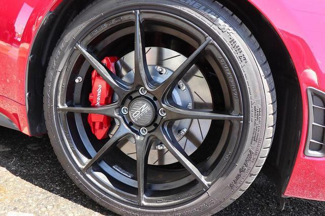 画像: ブレーキの強化。ビックブレーキローターKIT