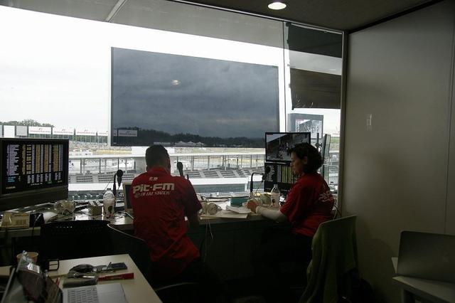 画像5: F1に来たらラジオ放送がオススメ!