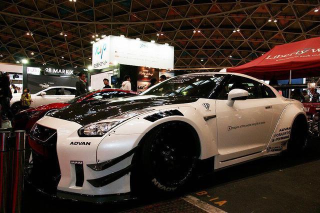画像: 名古屋モーターショー2017 Vol.3 リバティーウォーク イベントレポート - carcleCOVO