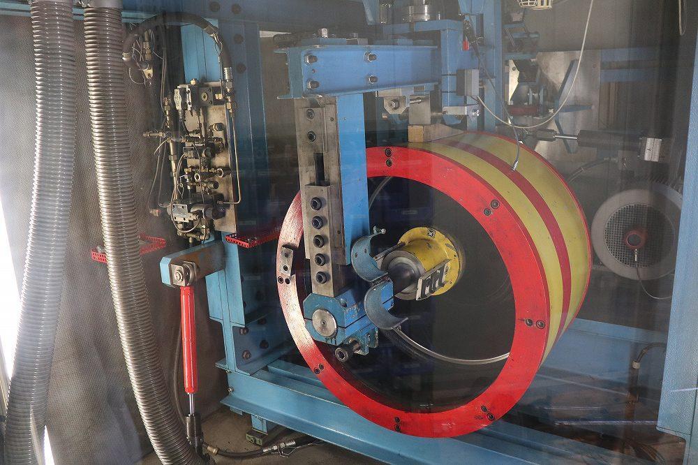 画像2: 画期的な実験システムでニュルブルクリンクでの走行を再現