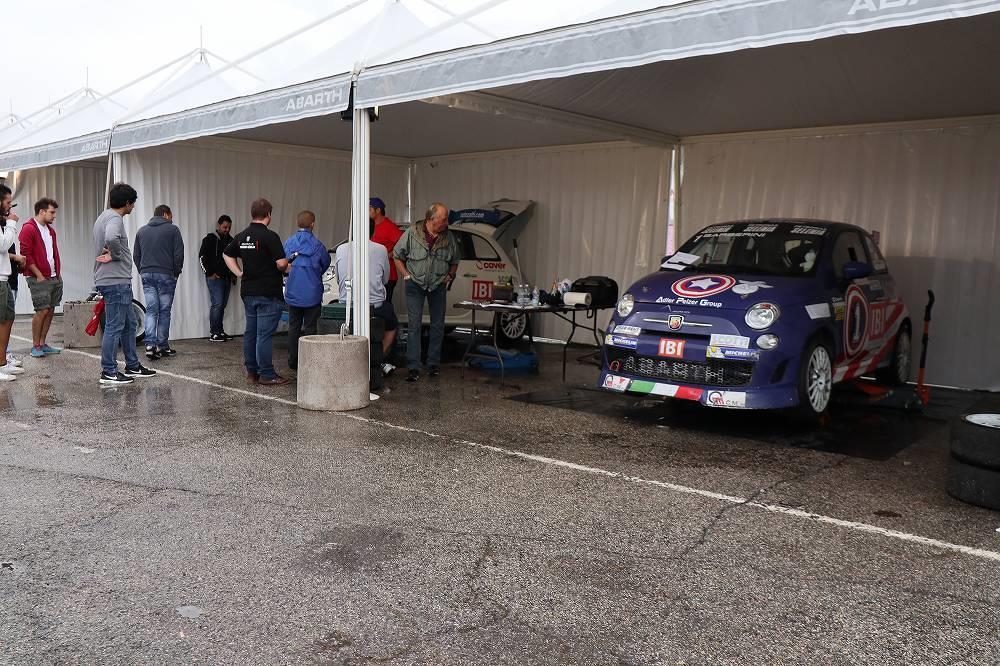 画像2: OZ Racing イタリア取材 第5部 トロフェオアバルトレース観戦|CARCLE MAGAZINE